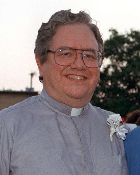 FOCUS 2000 Father Virgilio Elizondo.6/13/1997 at Mexican American Cultural Central.97-6432 EN FILE PHOTO