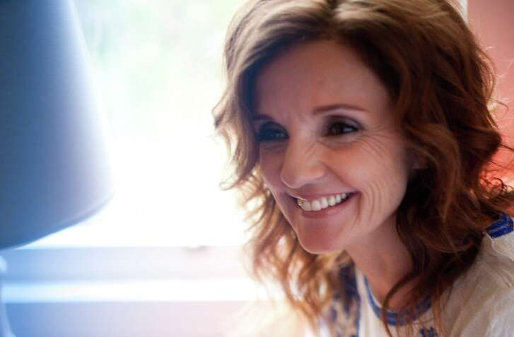 "Patty Griffin's new album, ""Servant of Love,"" finds the singer-songwriter in top form."