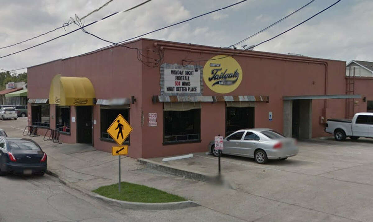 Christian's Tailgate Bar and Grill III 2820 White Oak Dr., Houston, Texas 77007 Demerits: 20 Inspection highlights: Observed cream and chicken being stored at an improper temperature. Reach-in cooler quarantined after being found not in good repair. Photo by: Google Maps