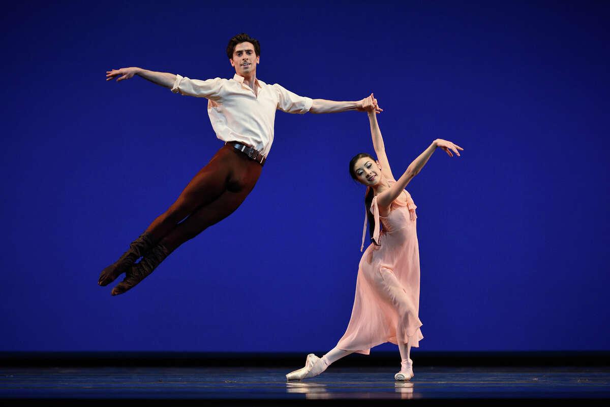 """Joseph Walsh and Yuan Yuan Tan of San Francisco Ballet in Jerome Robbins' """"Dances at a Gathering."""""""