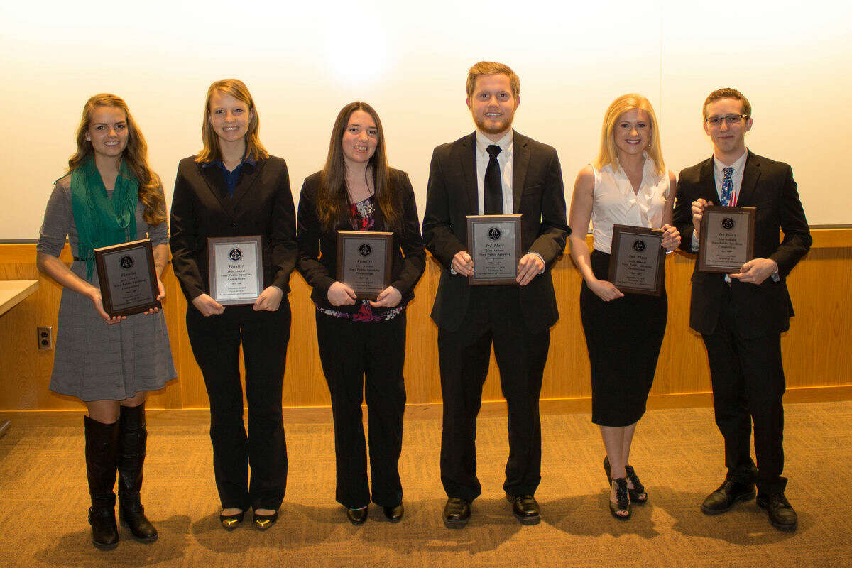 From left, SVSU students Natalie Currie, Melinda Dinninger, Megan Hillman, Austin Bauer, Jaeleen Davisand Erik Breidinger.