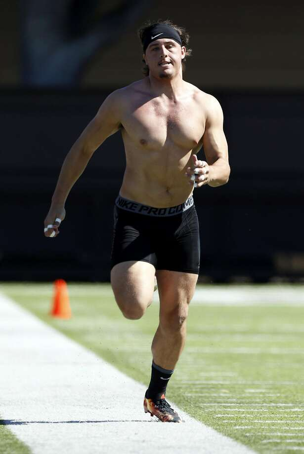 Austin Hooper was timed at 4.65 in the 40-yard dash. Photo: Connor Radnovich, The Chronicle