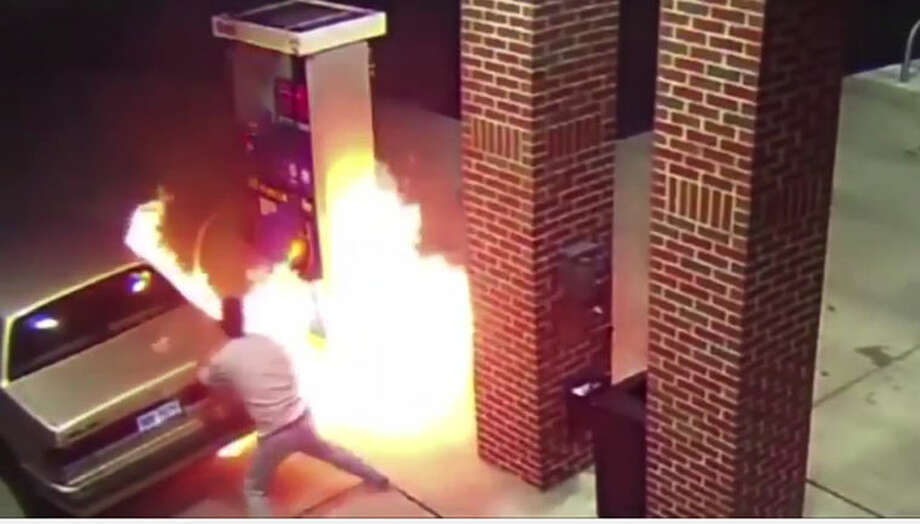 Screen shot from LiveLeak.com Photo: LiveLeak.com