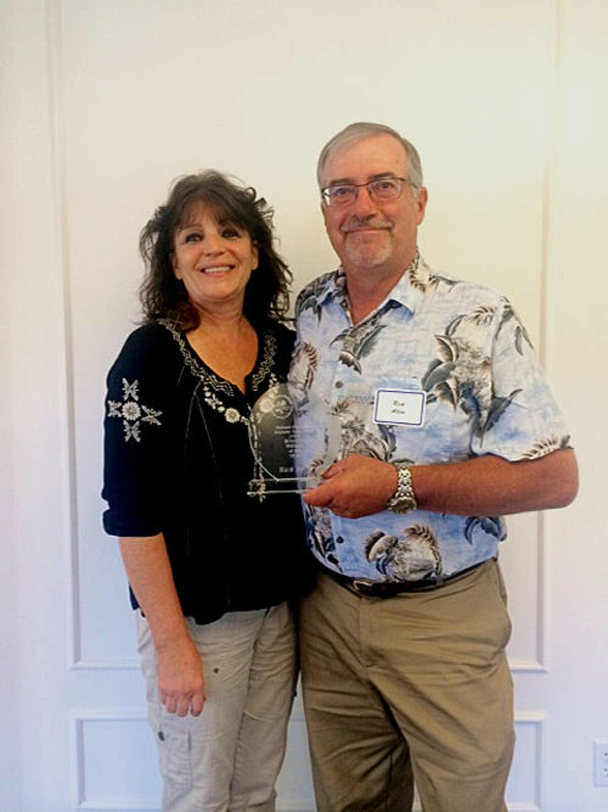 Rick Allen and his wife, Deanna Allen.