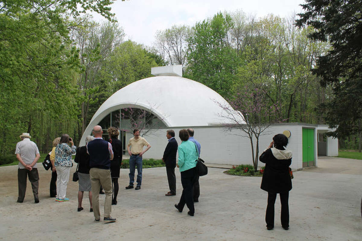 Conference attendees receive a tour of The Dome House/The Robert E. and Barbara Schwartz House.