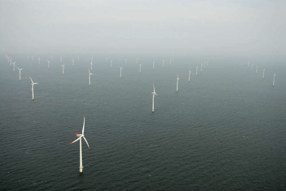 feds offshore wind energy farm auction march