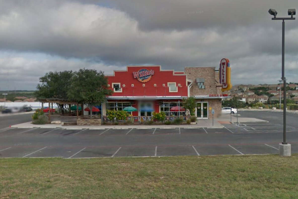 Willie's Grill and Ice House: 4051 N Fm 1604 W., San Antonio, Texas 78257Date: 03/14/2016 Demerits: 15Highlights: Inspector observed employees not washing their hands correctly, employee handled salad bar with bare hands (documentation must be provided if employees are handling ready-to-eat foods with bare hands), food not protected from cross contamination (pork ribs stored under cubed beef)