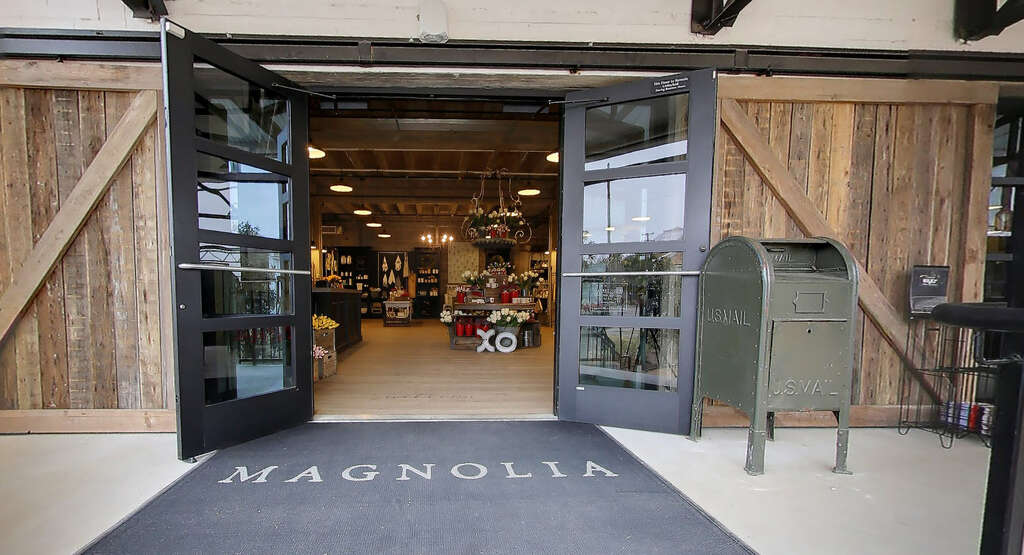 Chip joanna gaines google streetview provides a virtual tour of magnolia market at the silos in waco texas