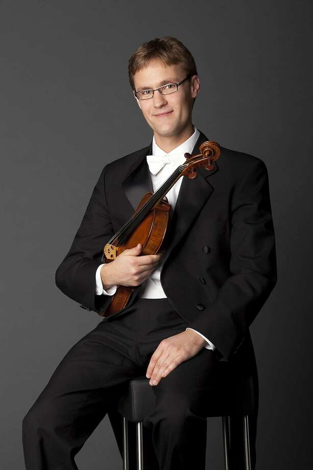 "Violist Jonathan Vinocour took center stage in ""Harold."" Photo: SF Symphony"
