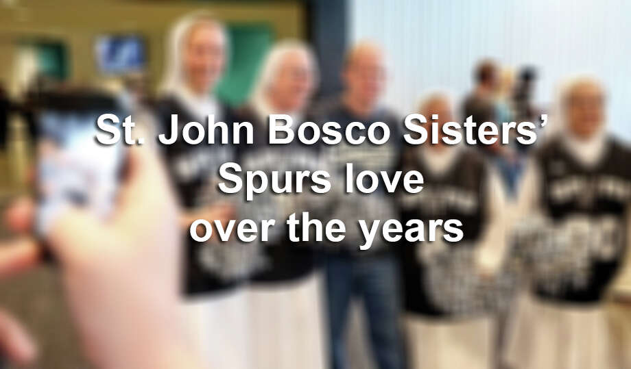 St. Jonn Bosco's Salesian Sisters are all about the Spurs, all the time. / © 2015 San Antonio Express-News