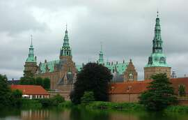 Denmark�s best castle � Frederiksborg � sits on an island in the middle of a lake in the cute town of Hiller�d, less than an hour from Copenhagen.