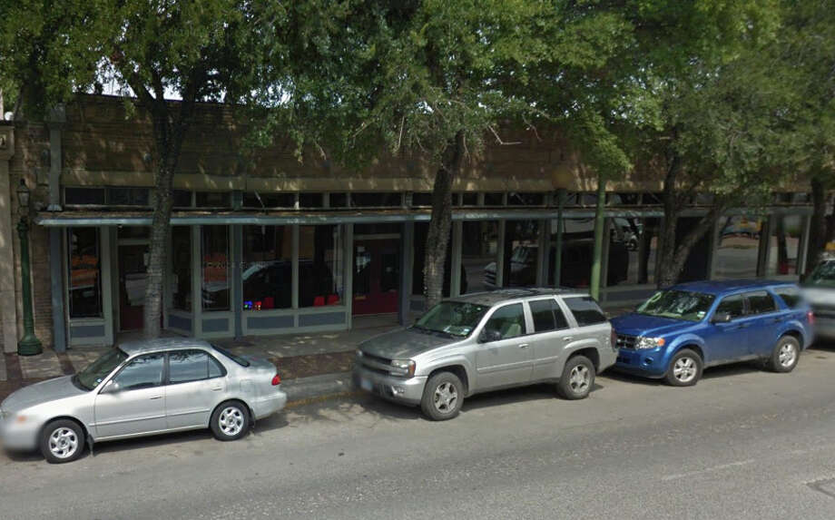 Alamo Depot Sports Bar:1157 E Commerce Photo: Google Street View