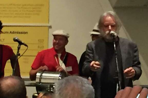 Bob Weir addresses crowd at Contemporary Jewish Museum opening of Bill Graham exhibition
