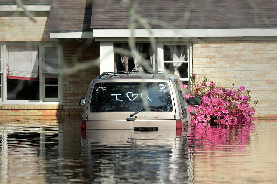 Flood levels in Deweyville home at 10:30 a.m. on Wednesday, March 16, 2016  Guiseppe Barranco/The Enterprise Photo: Guiseppe Barranco, Photo Editor