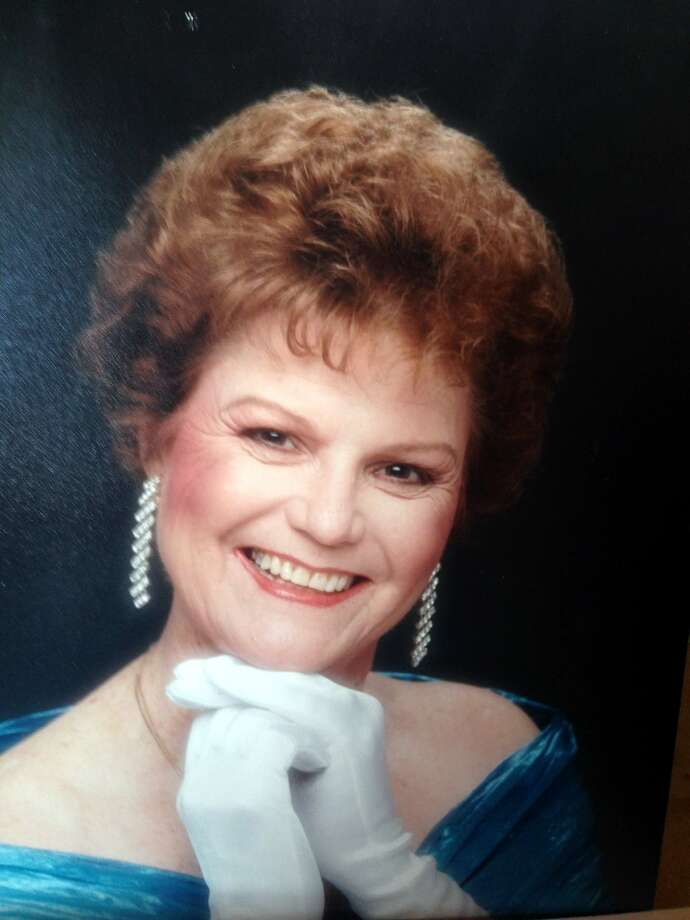 Esther Lee Riley Kring, a retired nurse turned ballroom dancer, died of cancer March 12. Photo: Courtesy