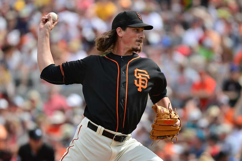 SCOTTSDALE, AZ - MARCH 11:  Starting pitcher Jeff Samardzija #29 of the San Francisco Giants delivers a pitch in the first inning against the Seattle Mariners at Scottsdale Stadium on March 11, 2016 in Scottsdale, Arizona.  (Photo by Jennifer Stewart/Getty Images) Photo: Jennifer Stewart, Getty Images