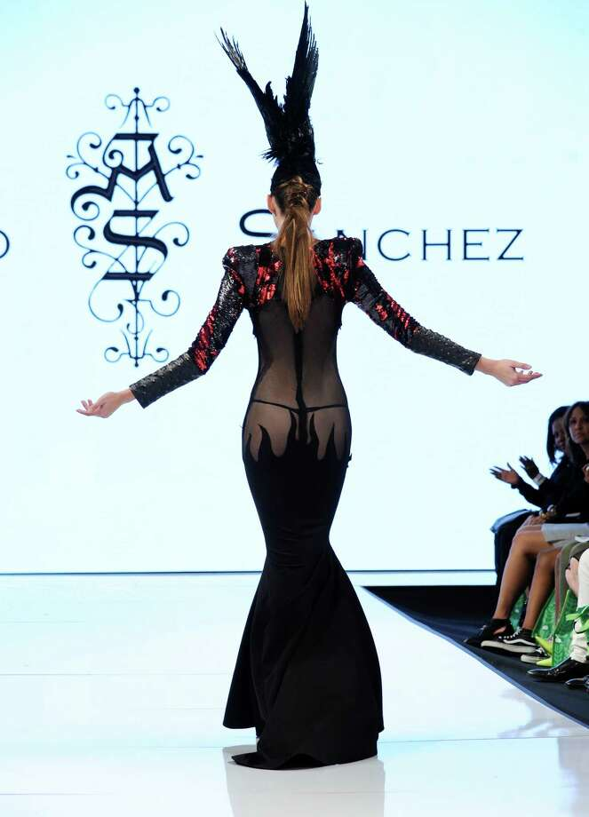 A model walks the runway in Adolfo Sanchez at the Art Hearts Fashion LAFW Fall/Winter 2016 Day 5 at the Taglyan Cultural Complex on March 17, 2016 in Hollywood, California. Photo: Arun Nevader, Getty Images / 2016 Arun Nevader