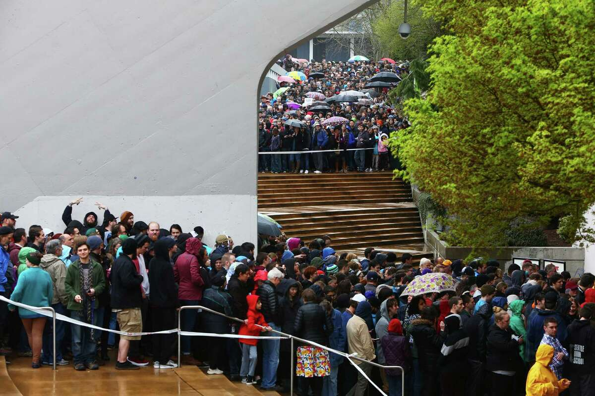 Thousands wait to get into the stadium at a Bernie Sanders rally at KeyArena, Sunday, March 20, 2016.