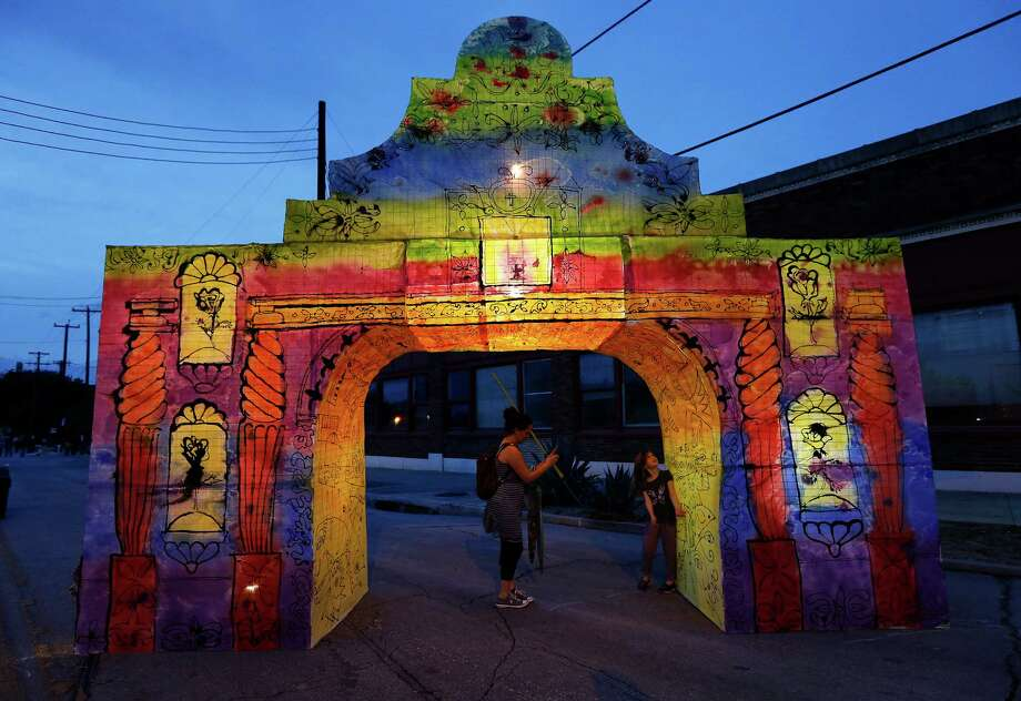The 2015 edition of Luminaria took place around the San Antonio Museum of Art. This year's outing moves to the Eastside. Photo: Kin Man Hui /San Antonio Express-News / ©2015 San Antonio Express-News