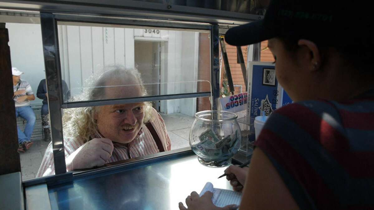 """Jonathan Gold in """"City of Gold."""" (Photo courtesy Sundance Institute/TNS)"""