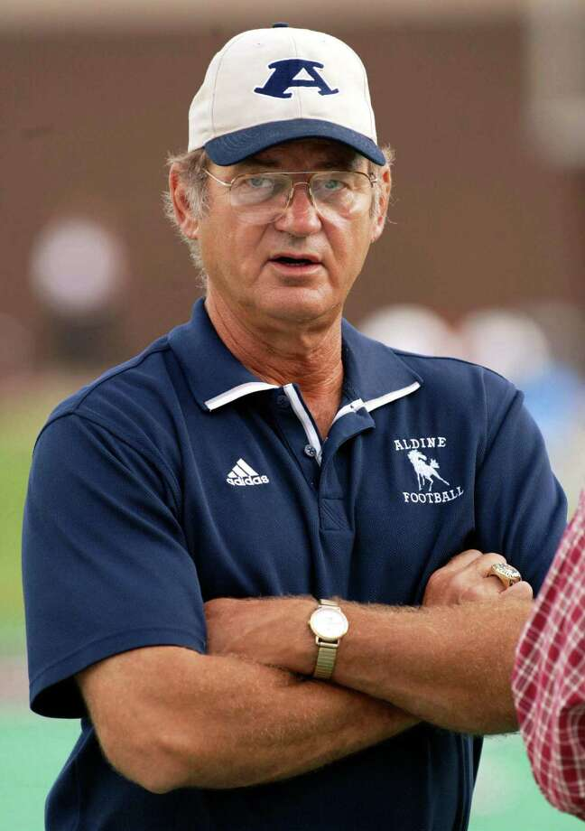 Former Aldine head coach Bill Smith led the Mustangs to a state and national championship in 1990 and also reached the state final in 1989. Photo: James Nielsen, Special To The Chronicle / Freelance