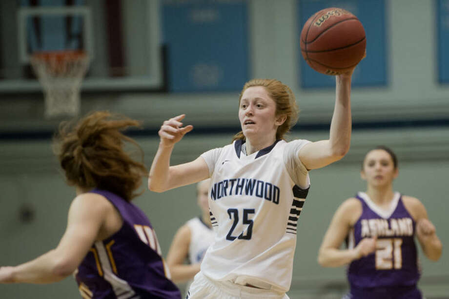 NEIL BLAKE | nblake@mdn.netNorthwood's Kaitlin Susan passes the ball during the game against Ashland at the Bennett Center at Northwood on Thursday. Photo: Neil Blake/Midland  Daily News