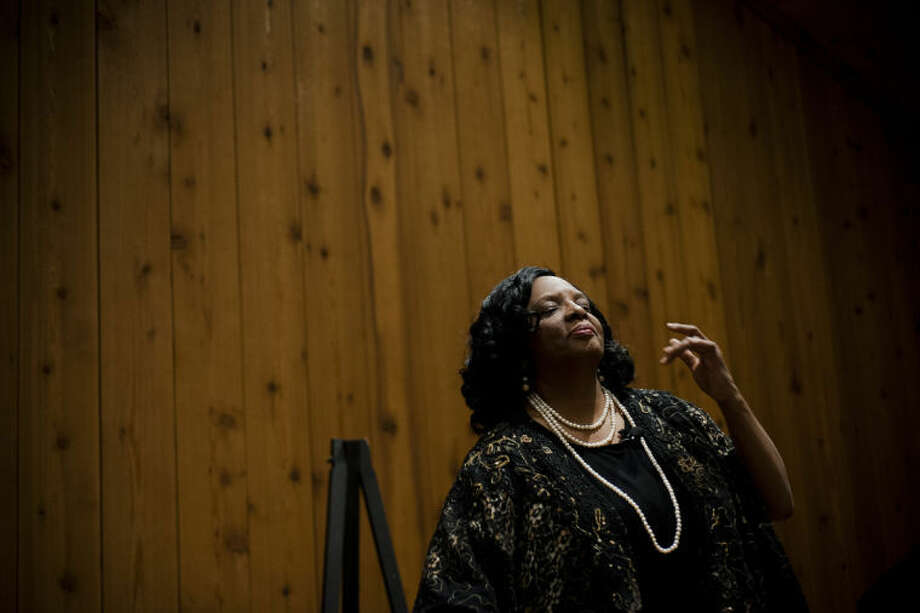 "ZACK WITTMAN | for the Daily NewsRosie Chapman impersonates Coretta Scott King during the ""Life and Times of Martin Luther King Jr. Through the Eyes of Coretta Scott King"" at the Carriage House Hall at Heritage Park in Midland. Photo: Neil Blake/Midland  Daily News"