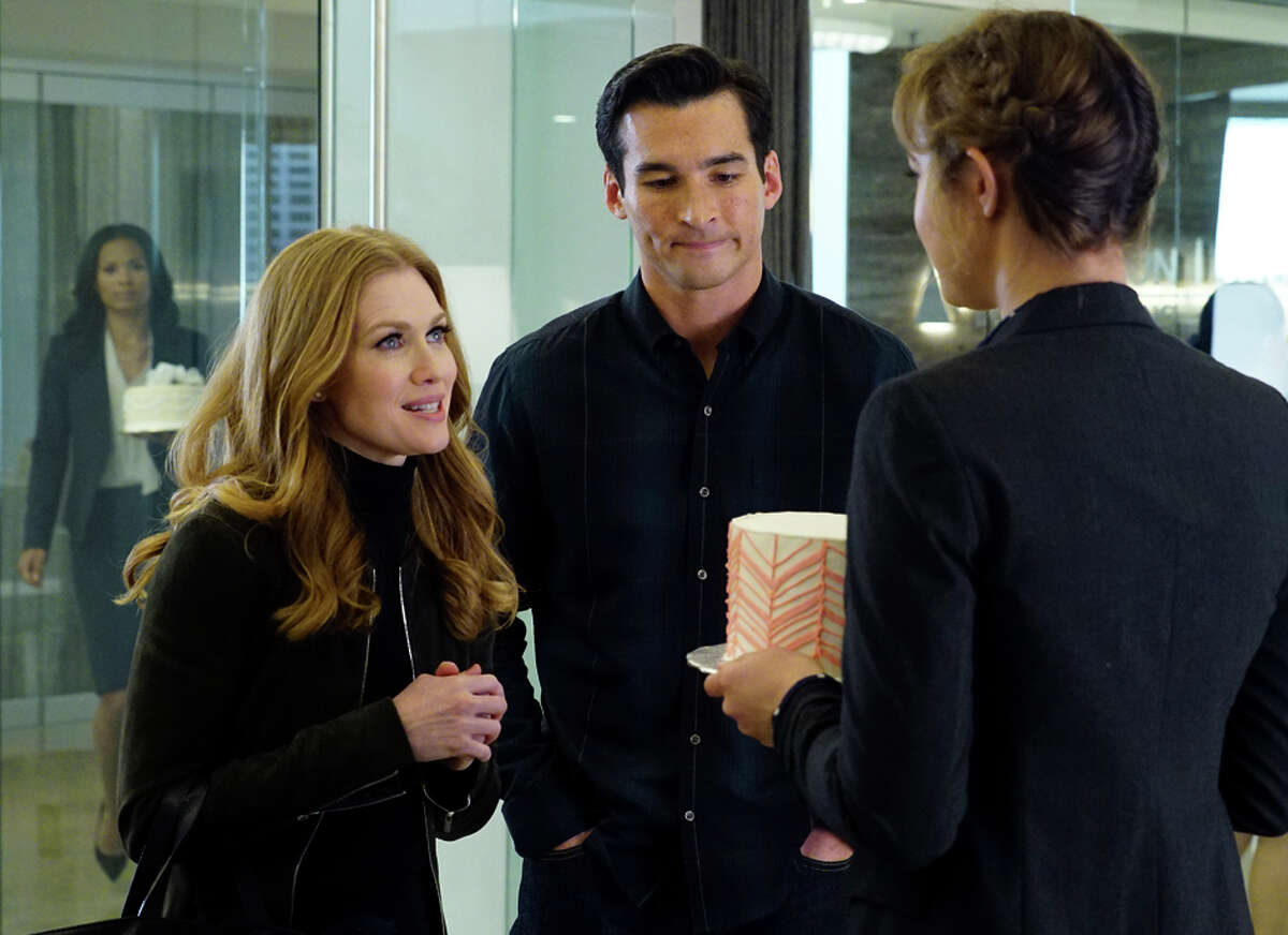 """Mireille Enos stars as private investigator Alice Vaughan in """"The Catch,"""" with Jay Hayden, premiering Thursday, March 24."""