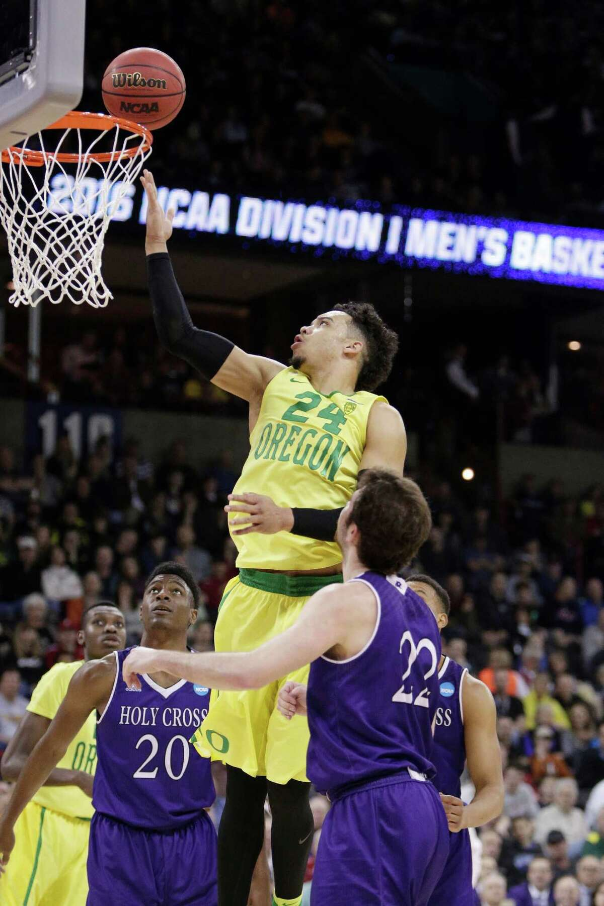 48. 1 Oregon defeats 16 Holy Cross, 91-52 No drama, no suspense, just a good old-fashioned rout of a No. 16-seed. Pain index: 1