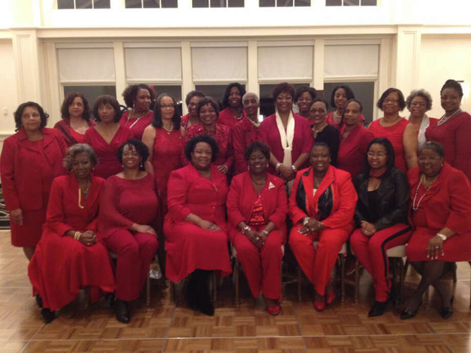 Dr. Paulette C.Walker, national president of Delta Sigma Theta Sorority Inc., seated center, helped current and former members of the Midland Alumnae Chapter of Delta Sigma Theta celebrate its 30th year of service in the Midland community. Also present were current and past national and regional leadership. Photo: Photo Provided