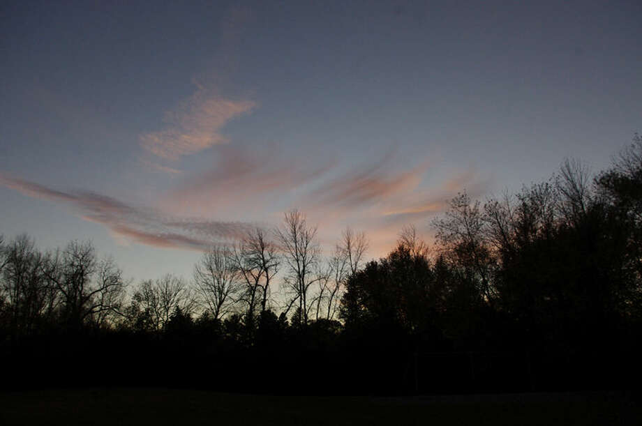 An October sunset is seen from Sunset Park at the end of Sherwood Court off Crescent Drive. Photo: STUART M. FROHM