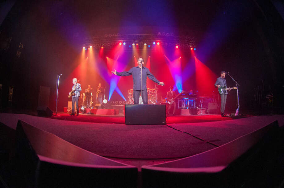Huey Lewis and the News perform Thursday evening at the Midland Center for the Arts. Photo: STEVEN SIMPKINS | Daily News