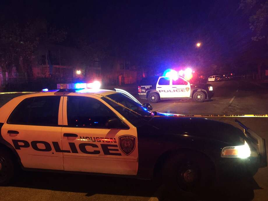 Houston police late Monday were continuing to search for the assailant who fatally shot a man riding a bicycle in the Greenspoint area. Photo: Mike Glenn.