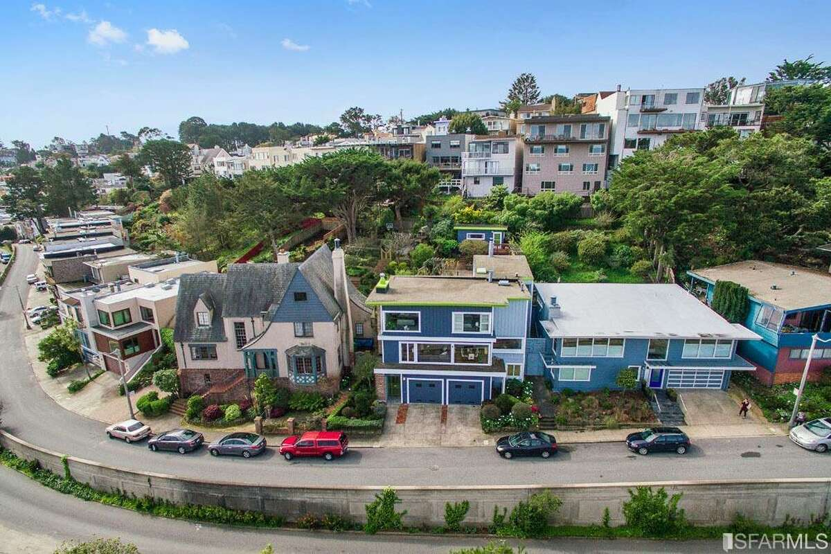 Golden Gate Heights, San Francisco Median Sale Price: $1,595,500 Average Sale-to-List Ratio: 120.3 percent Percent of Homes That Sold Above List Price: 86.7 percent