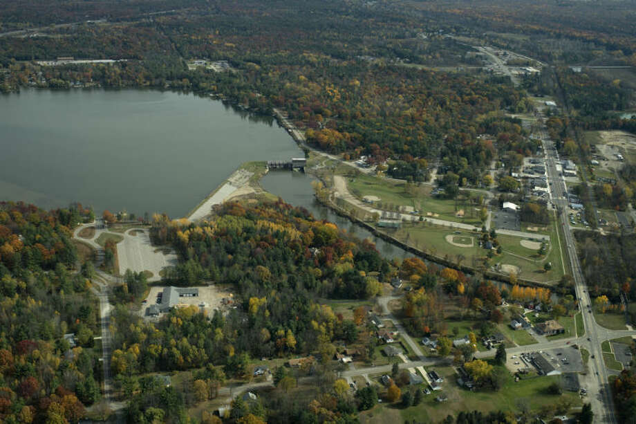 NEIL BLAKE | nblake@mdn.net The Sanford Lake dam, center, will be undergoing renovations this summer. Lake residents will not be affected by the project.