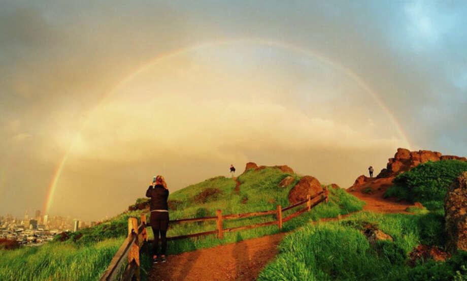 @swedishspoonphotographed the rainbow over Corona Heights Park in San Francisco. Photo: Instagram / @swedishspoon