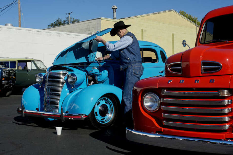 Cars For A Cause In On Ashman Street Block Party Midland Daily News