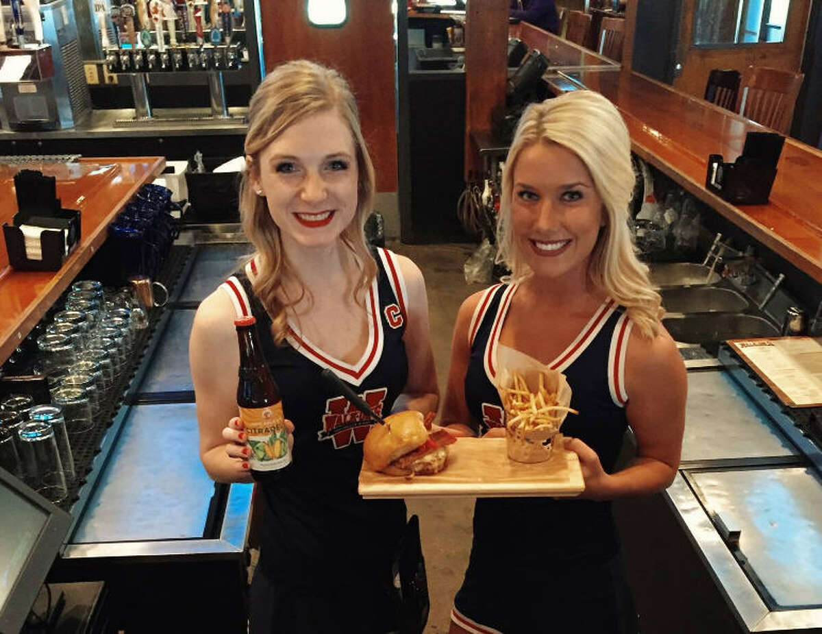 Baton Rouge-based Walk-On's Bistreaux & Bar has just signed a franchise agreement to open 10 sports bars in the Houston area over the coming years. Locations for future Walk-On's are being scouted from Katy to The Woodlands.