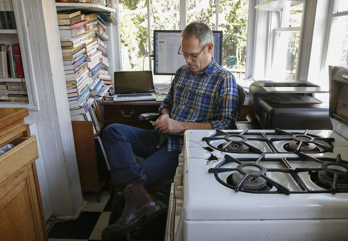 Gary Ruskin, on Tues. March 22, 2016, at his home in Oakland, California, where his organization U.S. Right to Know, supports the labeling of genetically engineered food.