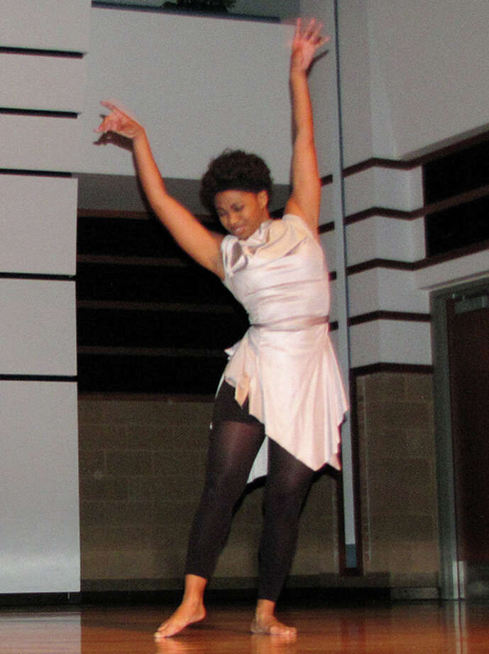 ERICH DOERR | for the Daily NewsDancer Katrina Murrell cuts loose during Black at SVSU 5 event.