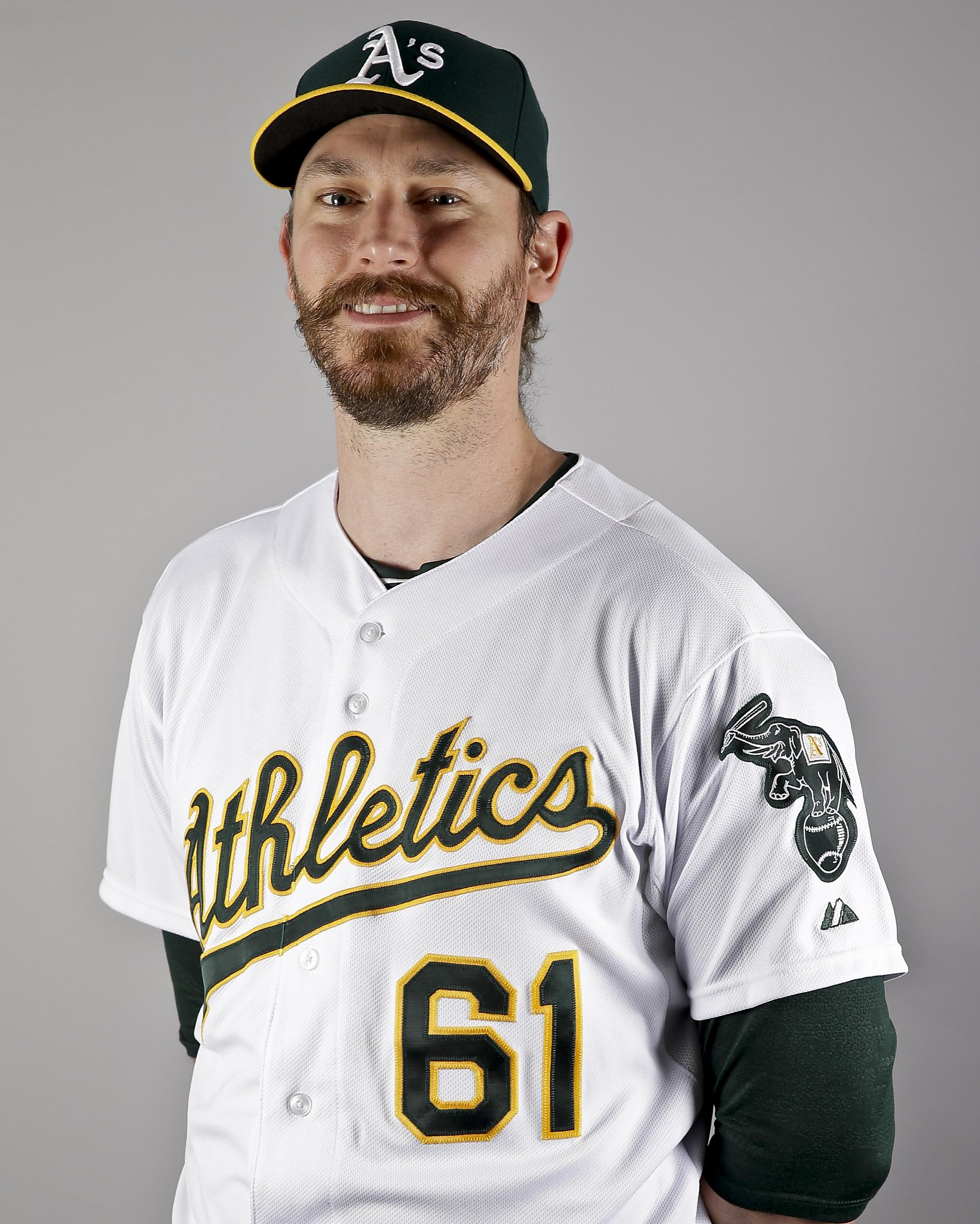 The Oakland Home Of Patrick Printy: New A's Reliever John Axford Has A Serious Artistic Bent