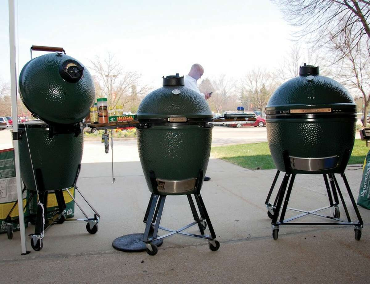 Courtesy photo by Amanda AnnearBig Green Egg grills sit out at the Taste of Home Cooking Show.