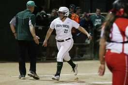 Incarnate Word's Megan Jimenez (21) rounds third base after hitting a three-run homer against Antonian in the third inning during their TAPPS 2-5A softball game on Tuesday, Mar. 22, 2016. (Kin Man Hui/San Antonio Express-News)