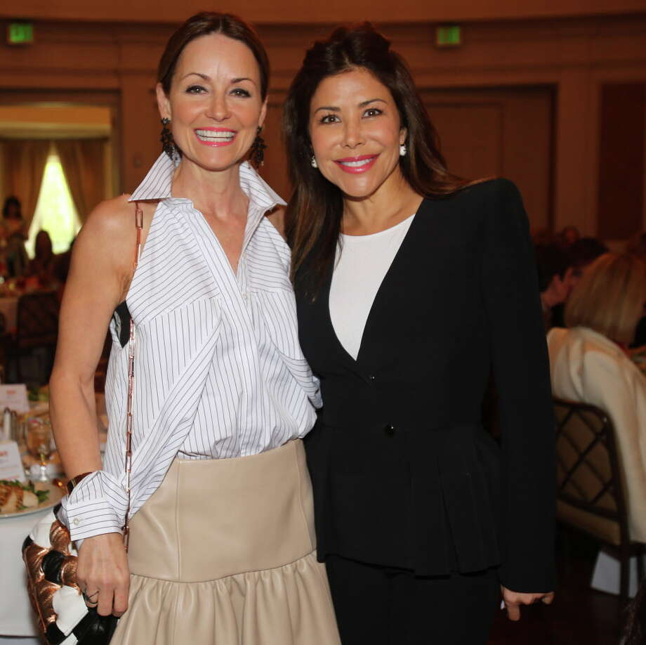 Lucinda Loya and Ericka Bagwell at the 11th annual MS on the Move luncheon. Photo: Amber Elliott, Houston Chronicle / © 2016  Houston Chronicle