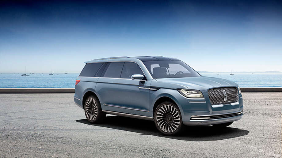 Lincoln revealed the all-new Navigator Concept, and it has us all drooling.