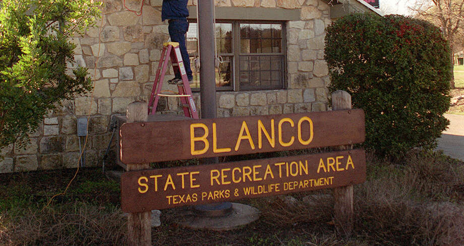 The headquarters building of Blanco State Park is shown in 2001. Photo: Ralph Winingham /For The Express-News / SAN ANTONIO EXPRESS-NEWS