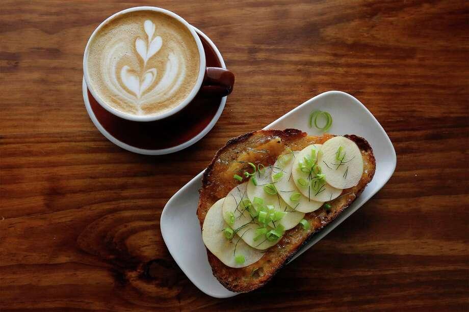 The Fairview Coffee Bar and Grub Photo: Kin Man Hui /San Antonio Express-News / ©2015 San Antonio Express-News