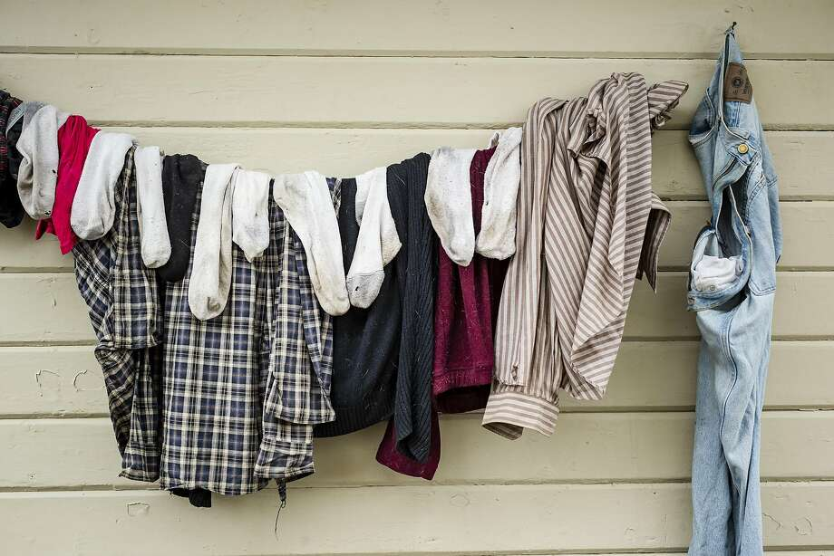 The smell of laundry that has been hung out on a clothes line to dry. Photo: Christopher Onstott, Special To The Chronicle