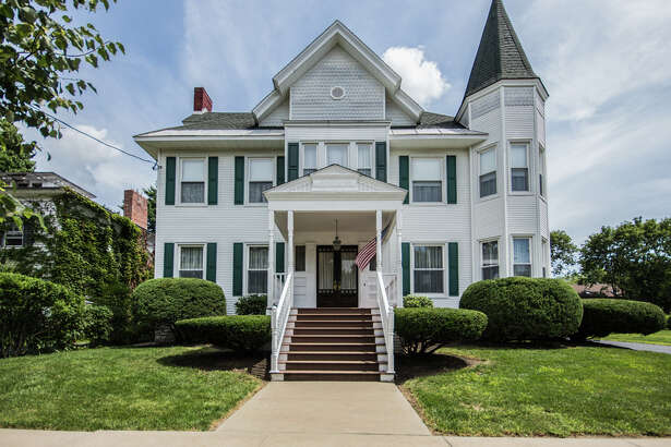 House of the Week: 110 S. William St., Johnstown |  Realtor:    Sarah Hislop of Select Sotheby's International Realty  |  Discuss:   Talk about this house