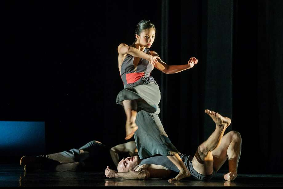 Steffi Cheong and Jeremy Smith perform in the world premiere of Giant by Kate Weare, at ODC/Dance Downtown through March 27 at Yerba Buena Center for the Arts Photo by Andrew Weeks Photography Photo: Andrew Weeks, Andrew Weeks Photography